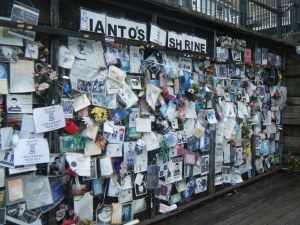 ianto-jones-shrine