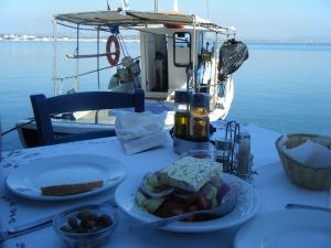 actual-greek-salad