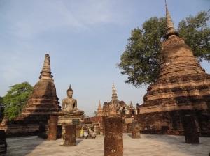 sukhothai_stupas