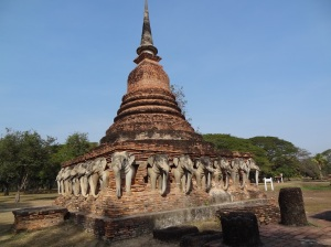 elephant_temple_sukhothai